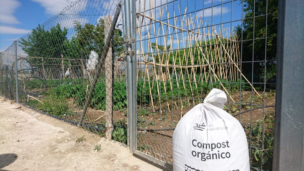 Supply of compost to the urban gardens of Bullas